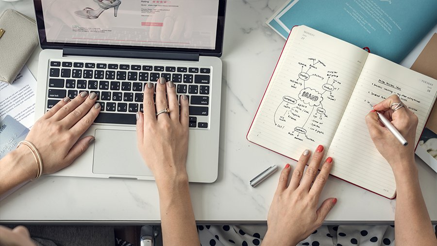 5 reasons businesses need an online strategy
